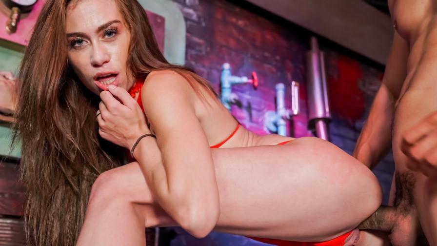 Geile foto van de hete Meiden van Holland sexfilm: Anouk's eerste sexfilm