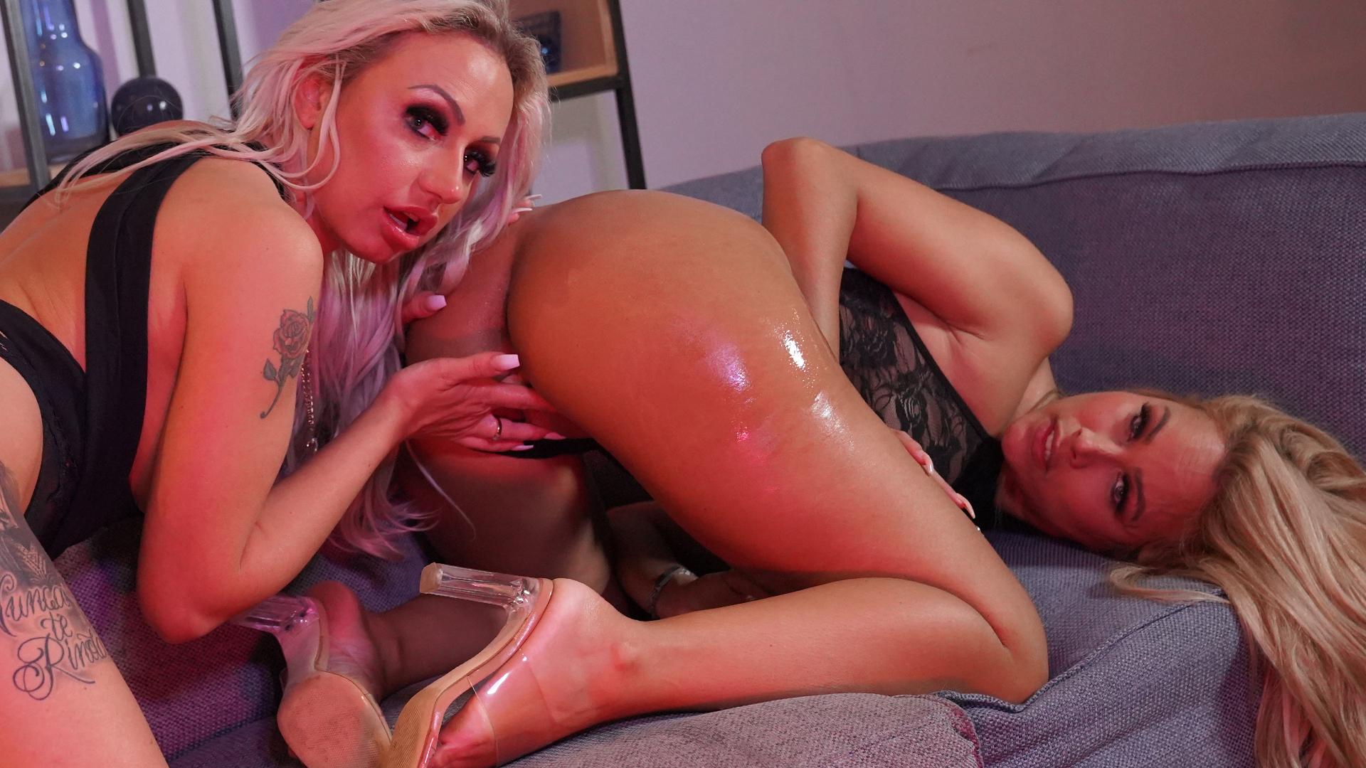 Geile foto van de hete Secret Circle seksfilm: Milena en Sashas sexy shoot