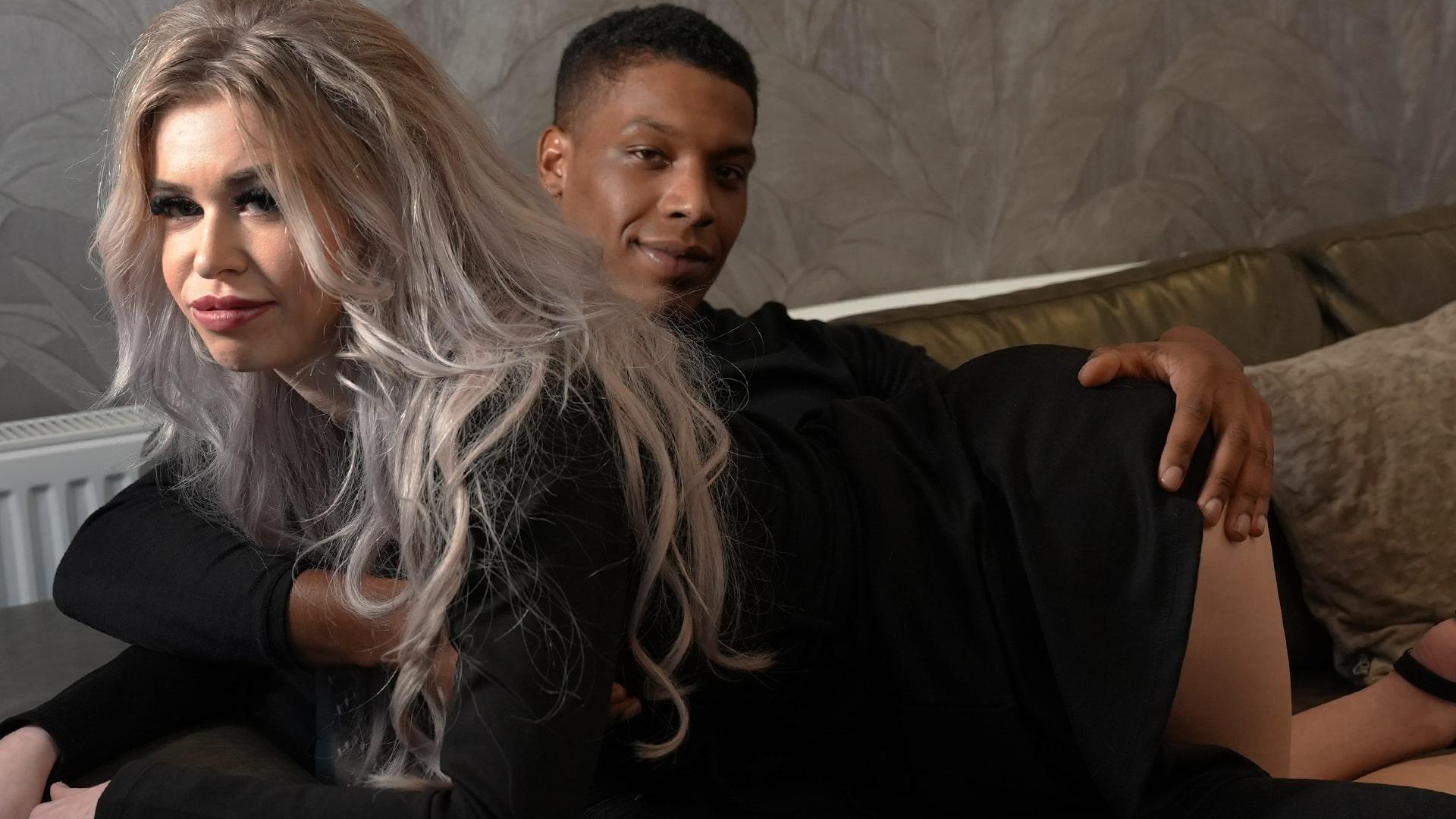 Geile foto van de hete Secret Circle seksfilm: Nicky's overspel