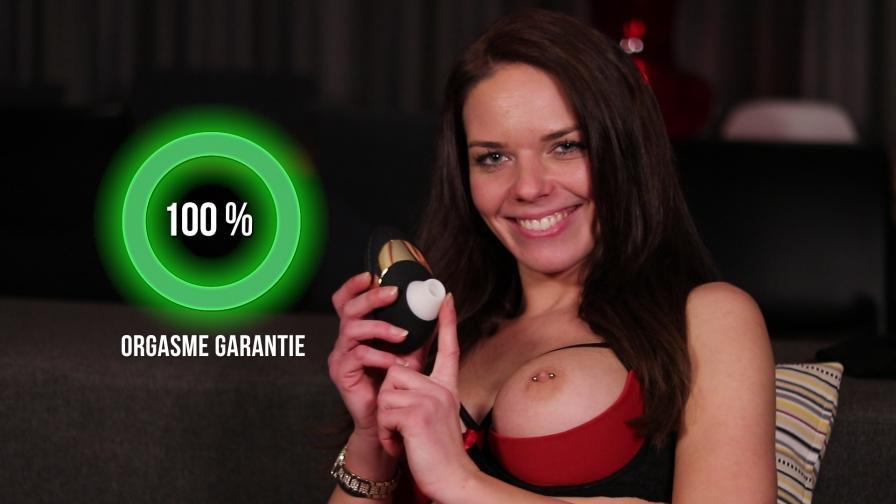 Geile foto van de hete Secret Circle seksfilm: Orgasme Garantie - Womanizer Pro