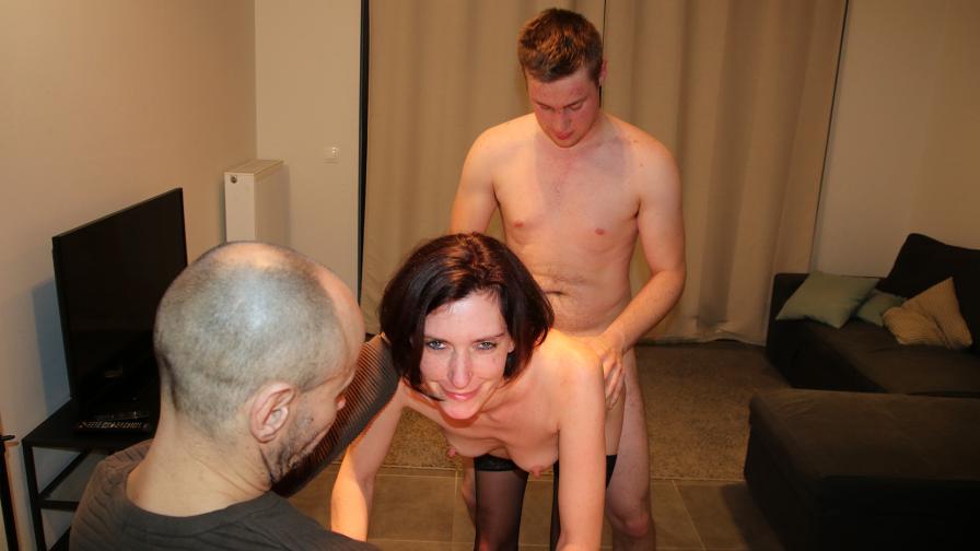 Geile foto van de hete Vurig Vlaanderen seksfilm: Cuckold met Cathy en Chris