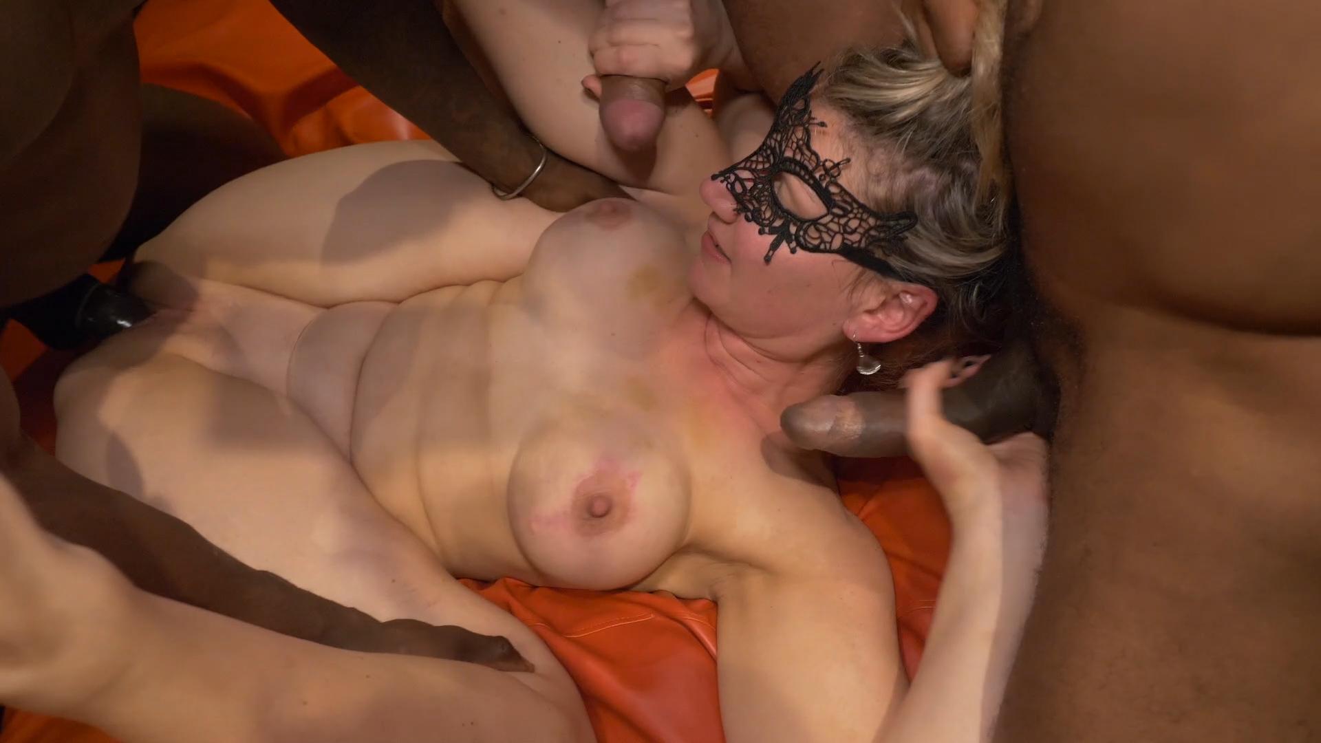 DP en een squirtkutje voor Venus | Sexfilm